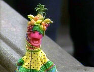 Worm.carmenmiranda