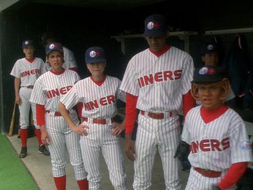 File:Niners-uniforms.jpg