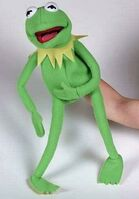 United labels kermit puppet 2007 45cm
