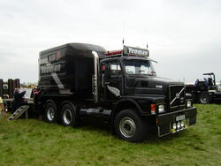 Yeoman Volvo F16-Rushden-P5010269