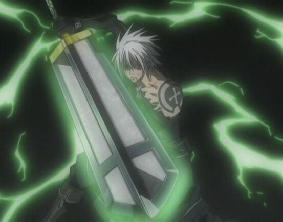 Arma de Itachi... 553px-Allen_Walker_-_Sword_of_Exorcism