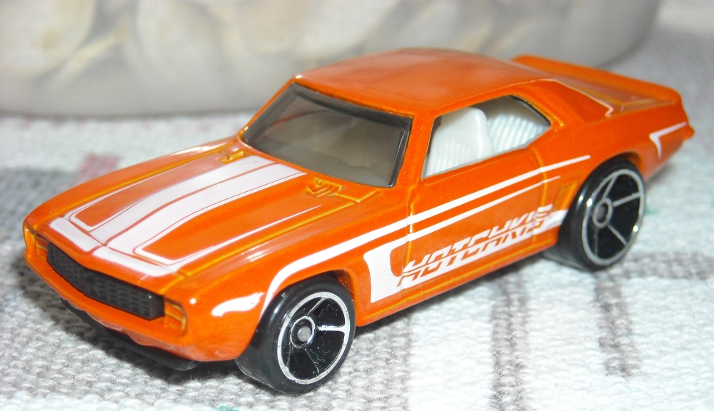 69 Camaro orange.jpg