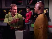185px-Sisko_meets_Kirk.jpg