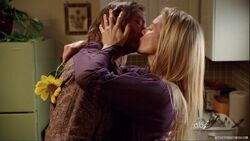 5x08-sawyer-juliet-kuss