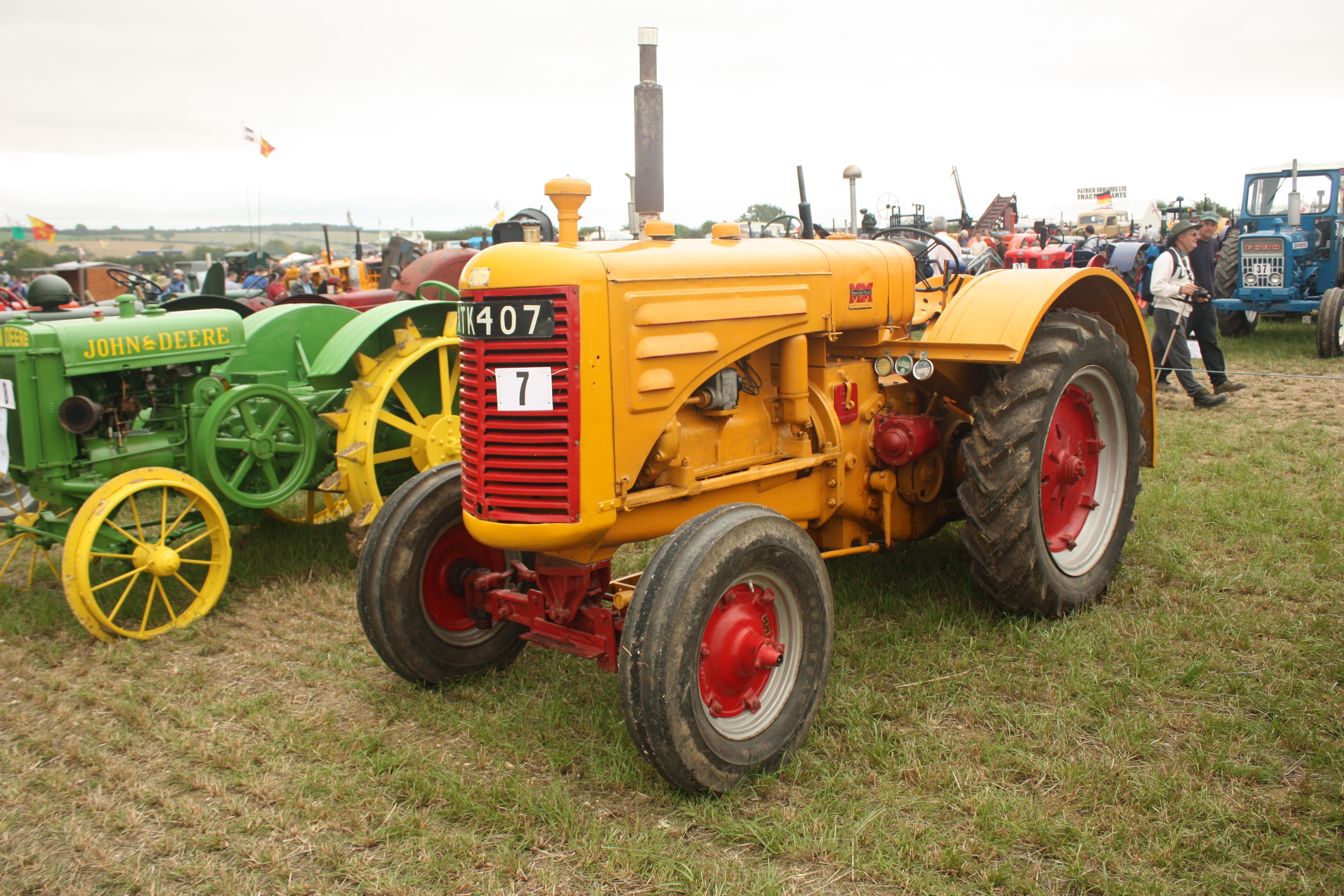 Minneapolis Moline Models : Minneapolis moline tractor construction plant wiki
