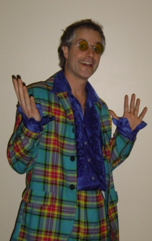 Dr. Watt, fashionable as ever.