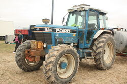 Ford 8210 SII 4-wd tractor at GDSF 08 - IMG 0823