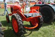 Allis-Chalmers Model B sn 50387 of 1941 reg GV 8181 (rear) at Stoke Goldington 09 - IMG 9774