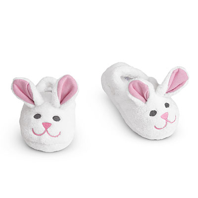 Product Features Girls slippers with soft plush build and cute bunny rabbit design.