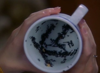 http://images4.wikia.nocookie.net/__cb20100124125251/charmed/images/1/11/Teressa's_tea-leaf_reading.jpg
