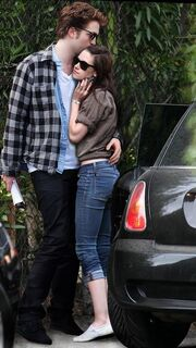 Robert-pattinson-and-kristen-stewart-dating