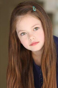 Renesmee Cullen has been cast! 250px-Mackenzie_Foy