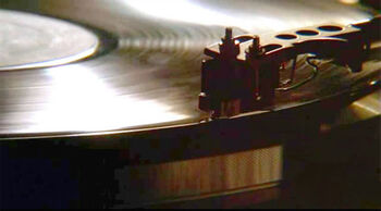 Turntable cartridge