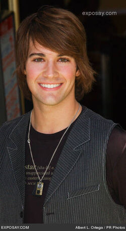 James-maslow-planet-51-los-angeles-premiere-1ZAKFm