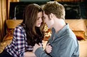 Bella-Edward-Bed-e1273062083638