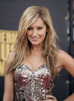 Ashley tisdale 1196101581