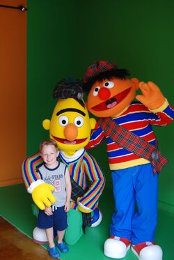 Bert&Ernie-Walk-Arounds-2009