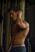 Taylor-as-Jacob-2-jacob-black-8252908-452-678