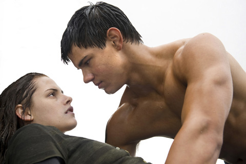 File:Bella-swan-jacob-black-beach-480x320.jpg