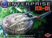 Polar Lights PL53028 Model kit Enterprise NX-01 2005