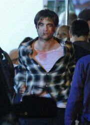 Rob Pattinson injured during New Moon filming