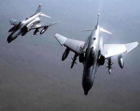 450-McDonnell Phantom F-4G.jpg