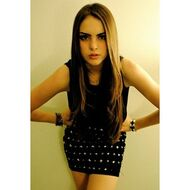 Lizgillies4