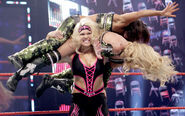 TLC10 Divas.2