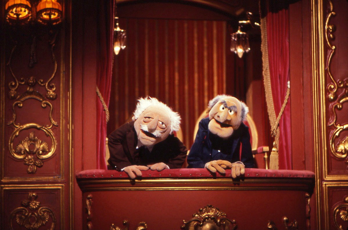 Statler and waldorf muppet wiki for Balcony muppets