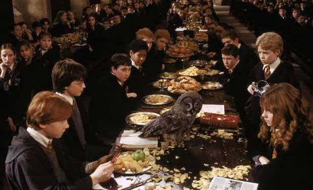Harry potter arquitectura de hogwarts for Comedor harry potter