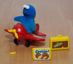 Cookie knickerbocker airplane