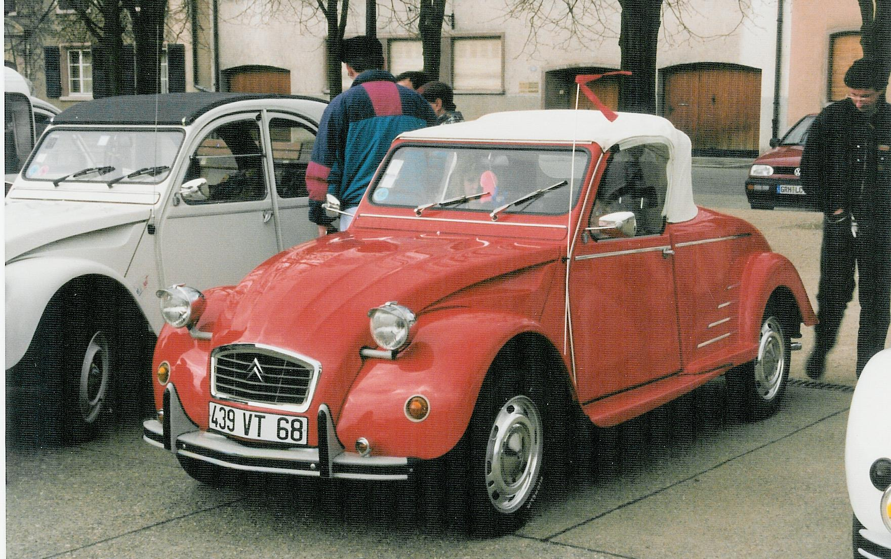 Featured on:Citroën 2CV