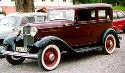 1932 Ford Model 18 55 De Luxe Tudor Sedan JEH168