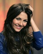 Victoria-Justice-Gorgeous-Face-Photoshoot-7