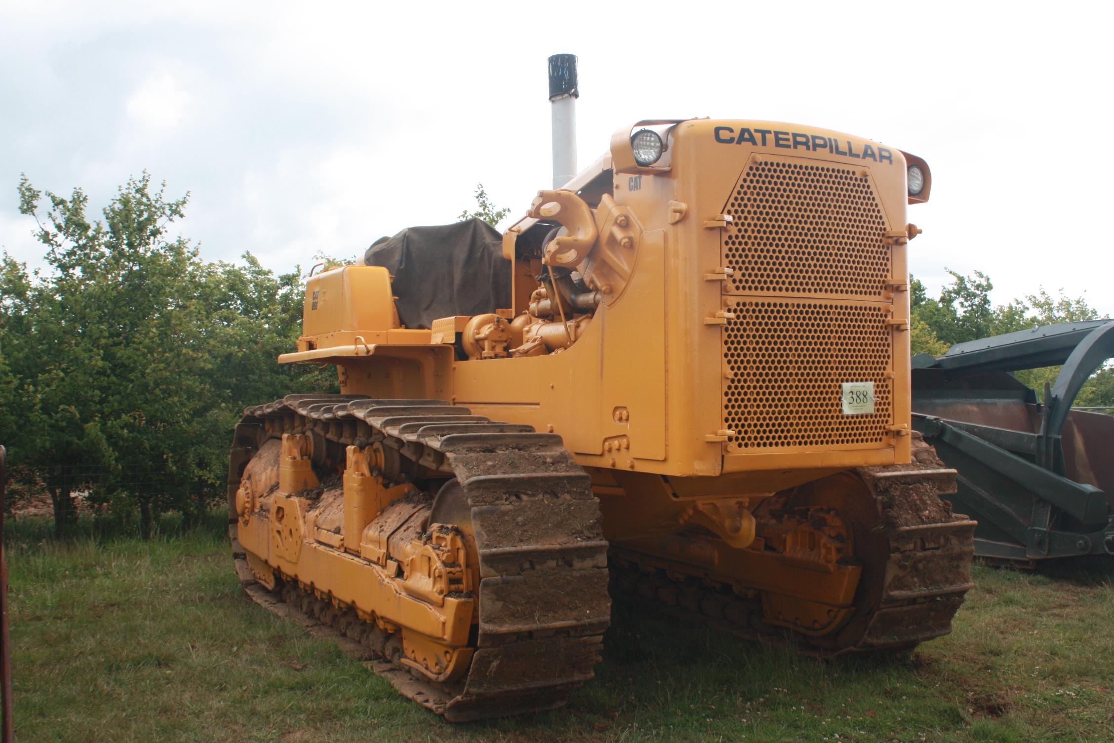 D11 Dozer Weight http://tractors.wikia.com/wiki/Caterpillar_D9