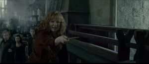 Molly battle of Hogwart