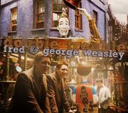 Fred&amp;george weasley wizard wheezes