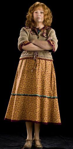 Molly Weasley2.jpg