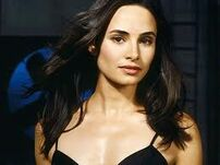 ImagesCA3N9KNW-Mia Maestro