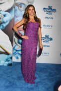 Sofia-vergara-the-smurfs-premiere-nyc-5