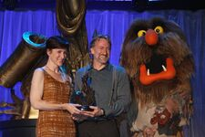 D23-Lisa-Brian-SweetumsWalkAround-(2011-08-19)