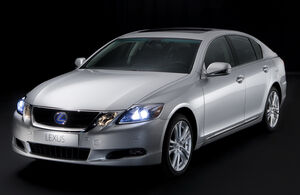 Carscoop-LEXUSGS450h 0