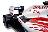 2009-panosonic-toyota-tf109-formula-1-car 9