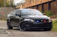 Ford-Taurus-Police-Interceptor-11