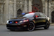 Ford-Taurus-Police-Interceptor-6