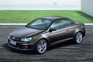 2011-VW-Eos-23