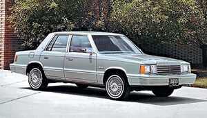 Chrysler-12-dodge-aries-1981