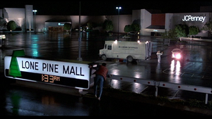 Lone Pine Mall