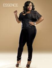 Amber-Riley-Essence-Magazine-March-2011-2-570x748