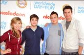Icarlycastwwdop2011-3